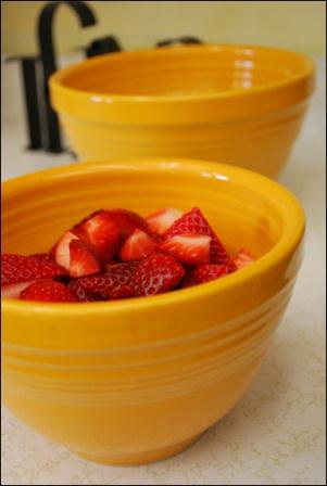 Homer Laughlin the makers of Fiesta Dinnerware has graciously offered one lucky 3 Boys and a Dog reader a 2 Piece Prep Baking Bowl Set in Marigold of ... & GIVEAWAY: Fiesta Dinnerware 2 Piece Prep Baking Bowl Set \u2013 3 Boys ...