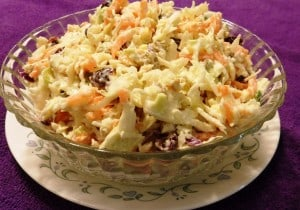 Minnie's Cool Cabbage Slaw