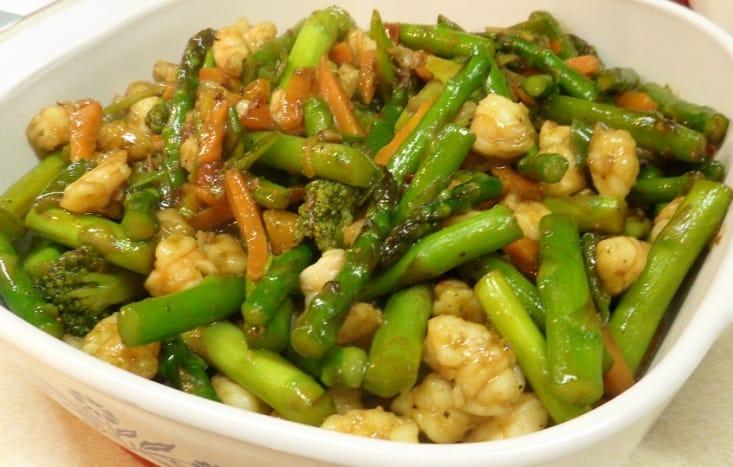 Shrimp and Asparagus Stir Fry Recipe – 3 Boys and a Dog