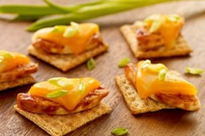 Cheesy BBQ Chicken Triscuit: Game Day Recipe