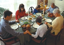 Electronics Replace Parents at the Dinner Table