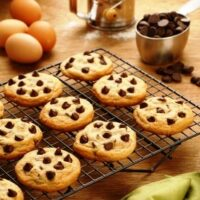 Golden Crispy Chewy Delicious Chocolate Chip Cookies