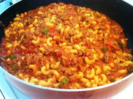 Quick and Easy Skillet Goulash – 3 Boys and a Dog