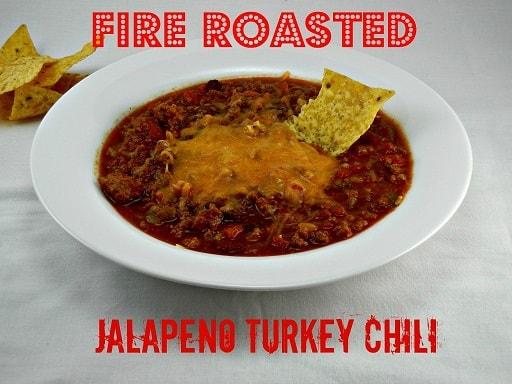 The Tasty Fork - Fire Roasted Jalapeno Turkey Chili #tailgatingrecipes #gamedayrecipe