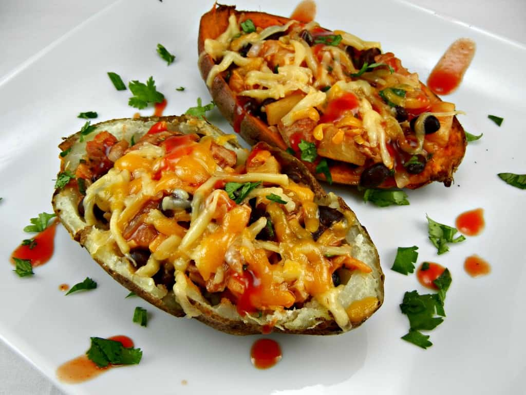 Frank's RedHot Kickin' BBQ Stuffed Potatoes. Made on the grill! Perfect for #tailgating. Get the recipe at www.southernmomcooks.com