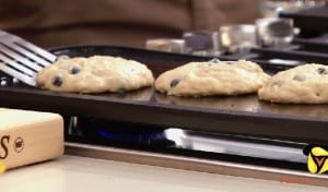 Family-Friendly Blueberry Banana Pancakes Recipe
