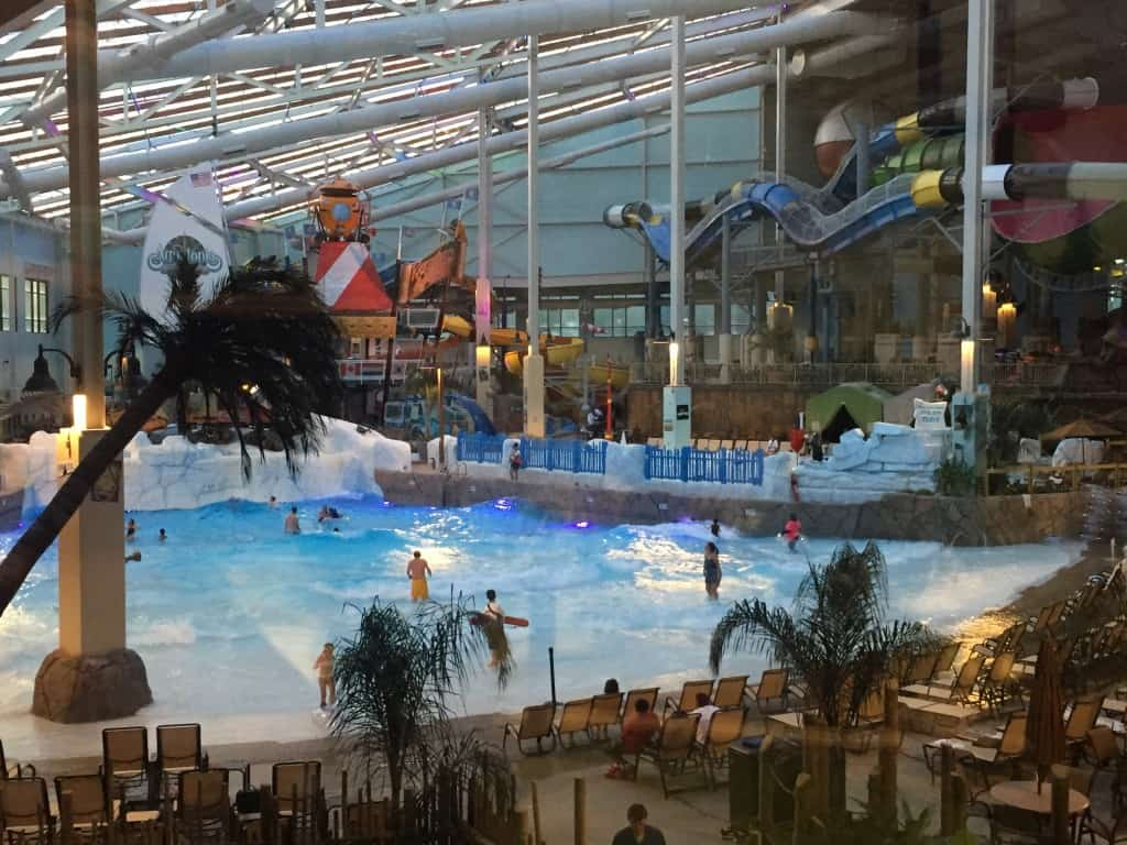 Camelback Lodge- Aquatopia Indoor Waterpark Review (NYC) - 3 Boys ...