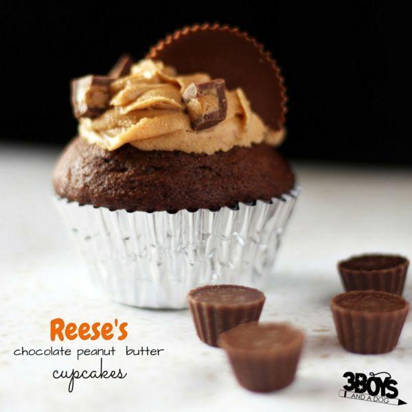 The best peanut butter cupcake recipes for a chocolate peanut butter cupcake inspired by Reese's peanut butter cups - my favorite candy bar cupcake recipe!