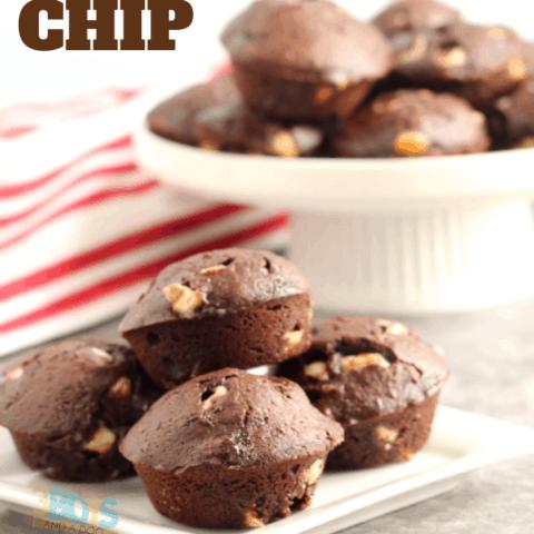 white chocolate chip brownie bites