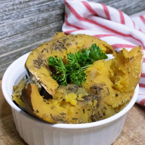 crockpot rosemary acorn squash
