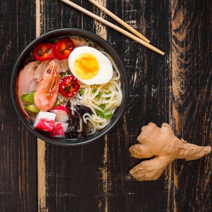 Simple Seafood Ramen Soup