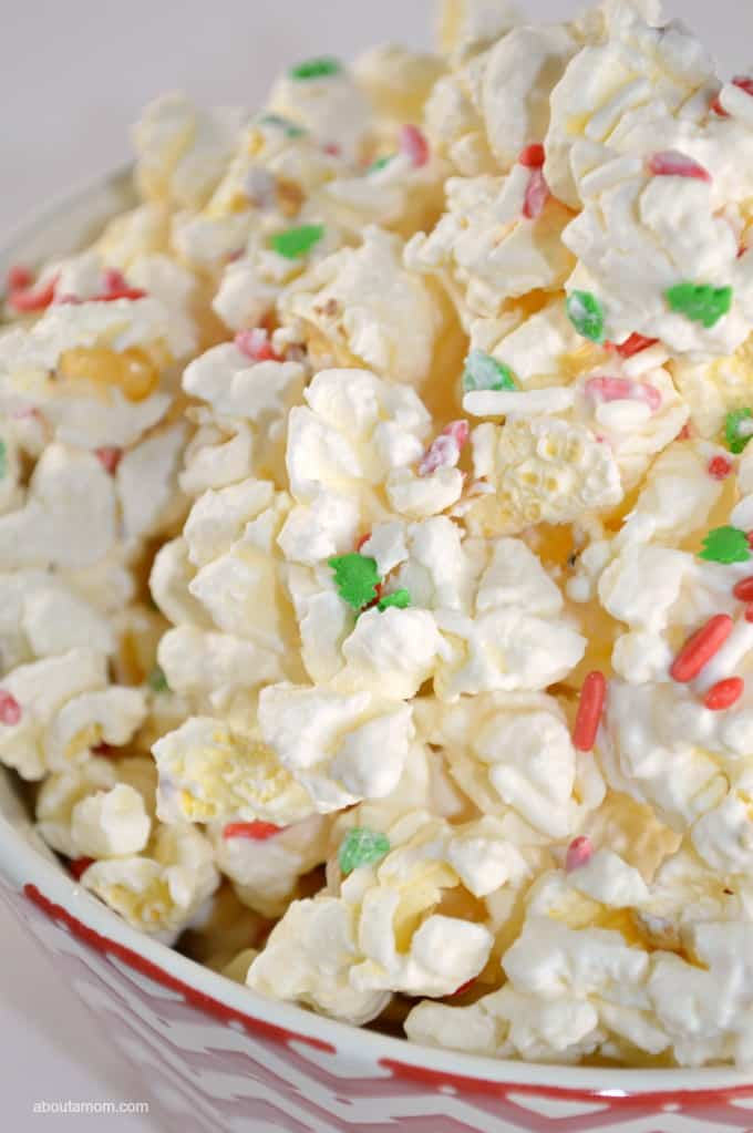 3-Ingredient Holiday Popcorn