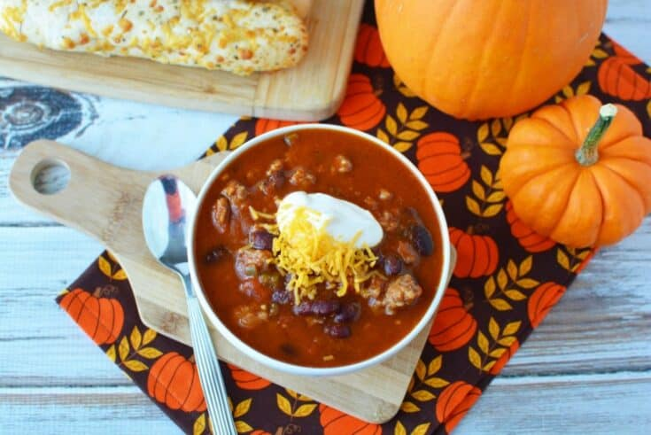Slow Cooker Sausage and Pumpkin Chili
