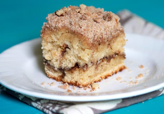 Cinnamon Streusal Coffee Cake