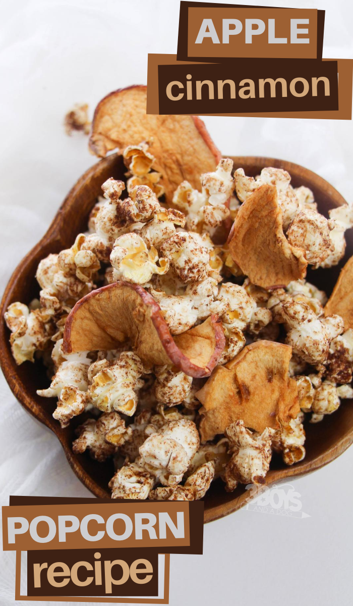 this cinnamon apple popcorn recipe is perfect for a healthy Autumn snack
