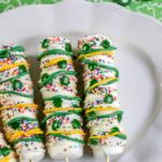 saint patricks day marshmallow pops