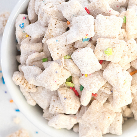 easy funfetti muddy buddies recipe
