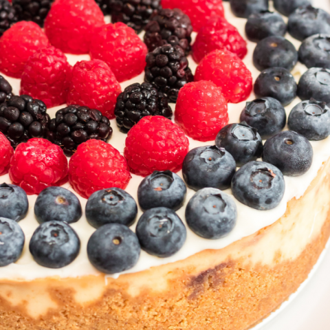 Instant Pot Berry Cheesecake