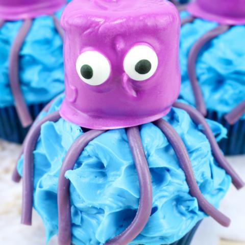 sea themed octopus cupcakes